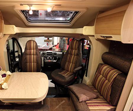 Restauration de sièges de caravane à Orchies